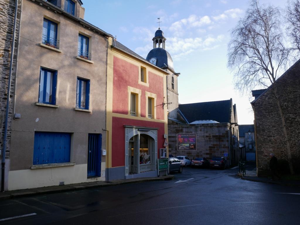 Vue de la Cuisine Corsaire, un atelier où l'on apprend à cuisiner les épices de Roellinger, à Cancale.