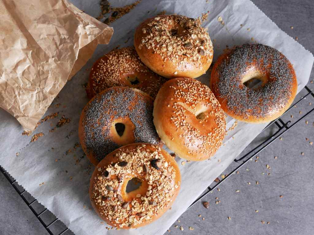Au pavot, au sésame, au granola, quel régal de manger ses propres bagels !