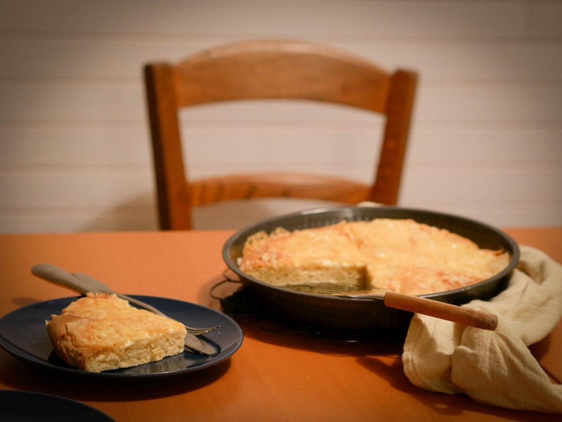 Une bonne pâte briochée et du Maroilles : un régal