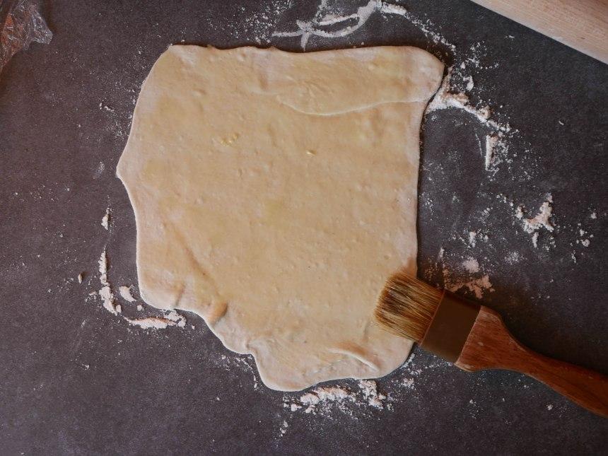 Huilez chaque pâton d'huile de sésame, ça donnera un bon petit goût